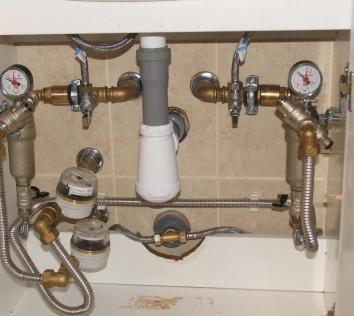 Нержавеющая гофрированная труба для водопровода